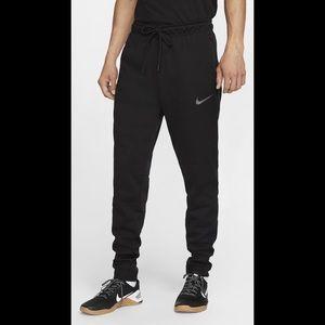 Nike • h20 Repellant Dri-Fit Therma Sphere Jogger